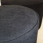 Série de poufs taille XL en tissus Dolce Lino et Jabana de chez JAB