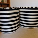 Serie de 6 poufs ronds diamètres 45cm et 65cm - Tissu de Tabulariga Piccola de Dedar et Lance de JAB - Passepoils assortis confectionnés.