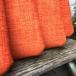 Réfection tissu d'une série de quatre galettes : tissu Escarbille coloris Mandarine de Camengo