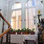 Treppe zum 1.Obergeschoss, Digitale Sammlung Museum Bad Nauheim, stellvertretend Beatrix van Ooyen, Hotel Grunewald, Foto: Jürgen Wegener, Bad Nauheim