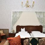 Zimmer 2, Hotel Grunewald, Digitale Sammlung Museum Bad Nauheim, stellvertretend Beatrix van Ooyen, Foto: Jürgen Wegener, Bad Nauheim