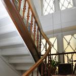 Treppe zum 2.Obergeschoss, Digitale Sammlung Museum Bad Nauheim, stellvertretend Beatrix van Ooyen, Foto: Jürgen Wegener, Bad Nauheim