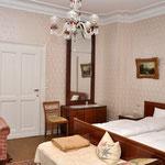 """ELVIS-Zimmer """"10"""", Hotel Grunewald, Digitale Sammlung Museum Bad Nauheim, stellvertretend Beatrix van Ooyen, Foto: Jürgen Wegener, Bad Nauheim"""