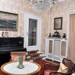 Salon Hotel Grunewald, Digitale Sammlung Museum Bad Nauheim, stellvertretend Beatrix van Ooyen, Foto: Jürgen Wegener, Bad Nauheim