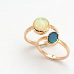 bagues or rose, cabochon opale du brésil et opale noire d'Australie