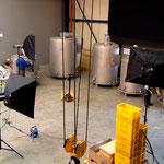 Set-Aufbau für Werbefotos einer Edelstahlschmiede
