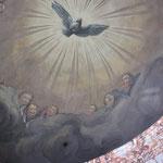 Und über allem schwebt der Heilige Geist