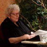 """Helga Kolsky liest aus """"Das Asmodeus-Prinzip"""". Besonders amüsant: eine Szene mit einer wehrhaften Hausmeisterin"""