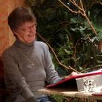 Ingrid J. Poljak liest unheimliche Geschichten
