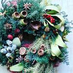 2021年11月 オンライン & 東京 表参道&長野 飯田 1dayレッスン『ボタニカルクリスマスリース』作り
