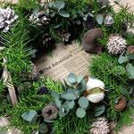 11月 フレッシュグリーンのクリスマスリース