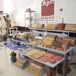 Keramik , wunderschöne Brotdosen und kleine Aufbewahrungsdosen von Melanie Bartholme