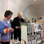 Dieter Halama präsentierte u.a. neue Bücher aus dem Gebiet des Wienerwalds