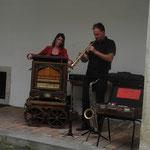 De Strawanza aus OÖ... das originelle vielseitige Duo spielt am Sonntag  mehrmals am Tag