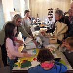 Rosemarie Hebenstreit zeigt Scherenschnitt- Bilder und Billets