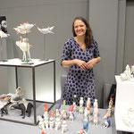 Margit Russnig  und ihre tierischen Porzellanfiguren