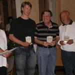 v.R. 3. Platz Rainer Janicki, 1. Platz Hartmut Starke, 2. Platz Oliver Najuch, SchiesssortleiterIn Nadine Egggers und Uwe Klokow