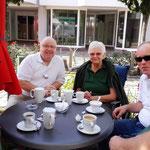 SV Oesselse bei Kaffee und Kuchen