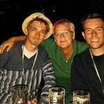 Ins Herz geschlossen: v.l. Pierre, Karin, Julien