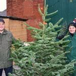 Der Weihnachtsbaumverkauf von Stephan Hennies und Oliver Dierschke