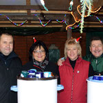 Der Glühweinstand wurde in diesem Jahr von Viktor Stumpf, Ulrike Rolf-Stumpf, Edda Rudolph-Holzapfel und Anne Meyer geleitet