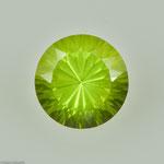 Peridot • 4,24 ct • rund • 10 mm • Preis € 450