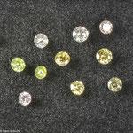 Diamant • verschiedene Naturfarben • brillant • Größen und Preise auf Anfrage