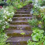 Treppe aus Naturstein Vorher
