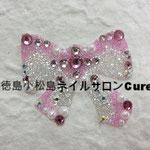 キッズリボン ガラスストーン使用 2700円(税込) サイズ3.7x3.8cm