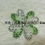 クローバー ガラスストーン使用 4212円(税込) サイズ 約4x4cm