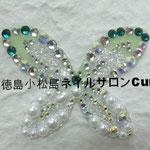 フラワーリボン ガラスストーン使用 4320円(税込) サイズ5.5x4.2cm