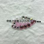 花びら ガラスストーン使用 864円(税込) サイズ 2x1cm