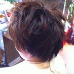 女性 ショートヘアー