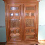 Armoire transition Louis XIII