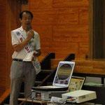 薬物乱用防止教室で先生をするL藤村(認定講師)