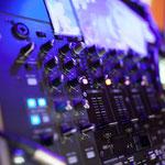 Ein kleiner Blick auf das Mischpult des DJ's