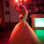 Im Brautkleid konnte Jil problemlos tanzen