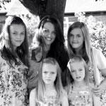 Felicité, Johannah, Charlotte, Phoebe, Daisy