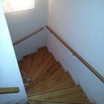 Treppenstufen_Renovierung_Eiche_massiv
