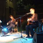 Maurizio Rinaldi, Chitarra e voce, Sergio Caputo, Violino, mandolino e canto