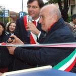 Il taglio del nastro da parte dei sindaci di Moriondo e Margarita