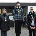 Silbermedaille Lina, links, mitte u. re. Gesine Klatt u. Nele Riechmann CSC