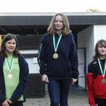 Gold für Alina, links Lena Wahl TSV Wietze, re. Maike Höner SV Nienhagen