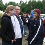 Tina, Dieter und Lina beim Smalltalk