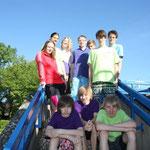 hinten v.l. Alina, Lena, Saskia, Florian, Lukas, Niklas, Hermann, vorn v.l. Dennis, Bjarne und Ole