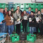 12.000 Flaschen mit dem 800 Jahr-Thanstein-Logo werden abgefüllt