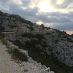 Beaucoup de pierres pour créer ces sentiers