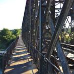 Le Gr passe sur des ponts de voies férrées