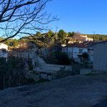Les dernières maisons avant le vallon Dol