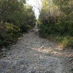 Montée de la colline du Baoubacoua